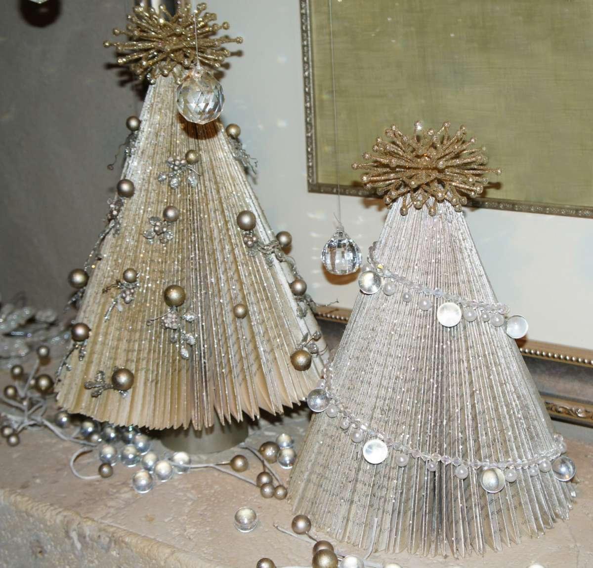 Albero Natale carta bianco