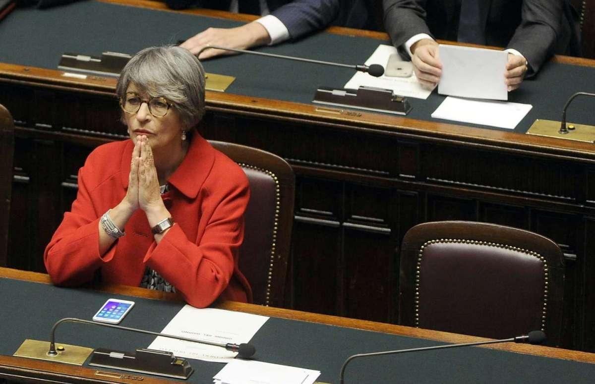 Anna Finocchiaro ministra dei Rapporti con il Parlamento