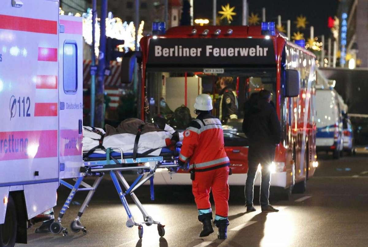 Molti feriti sono in gravi condizioni