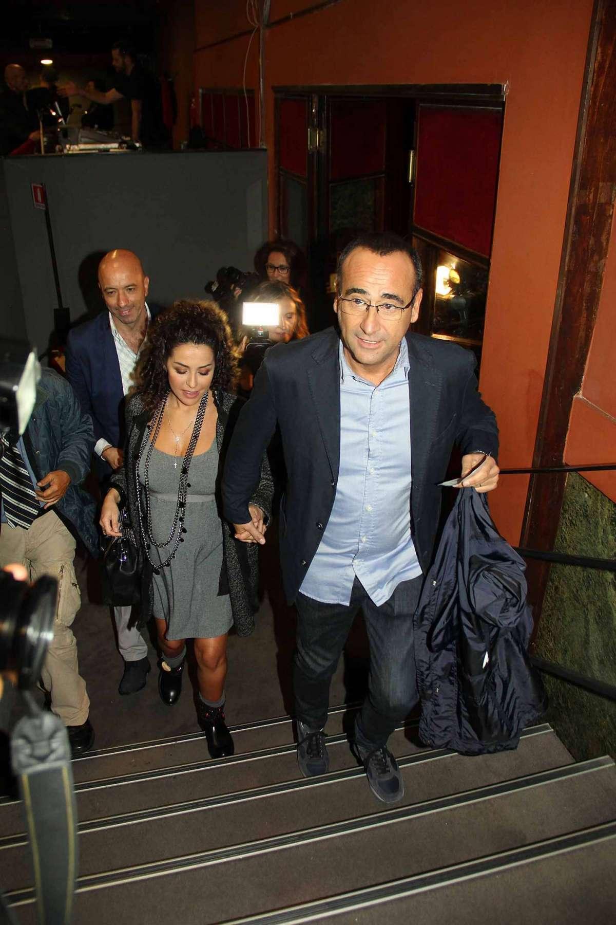 Carlo Conti e Francesca Vaccaro in dolce attesa a teatro