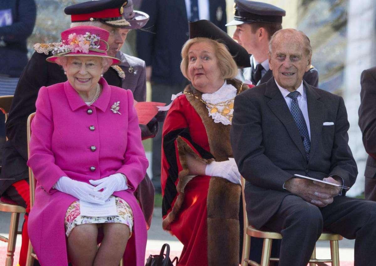 Il principe Filippo e la moglie a Windsor