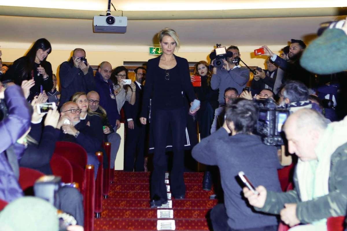 L'arrivo di Maria al Teatro Casinò