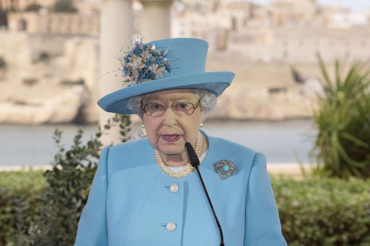 La regina Elisabetta festeggia 90 anni