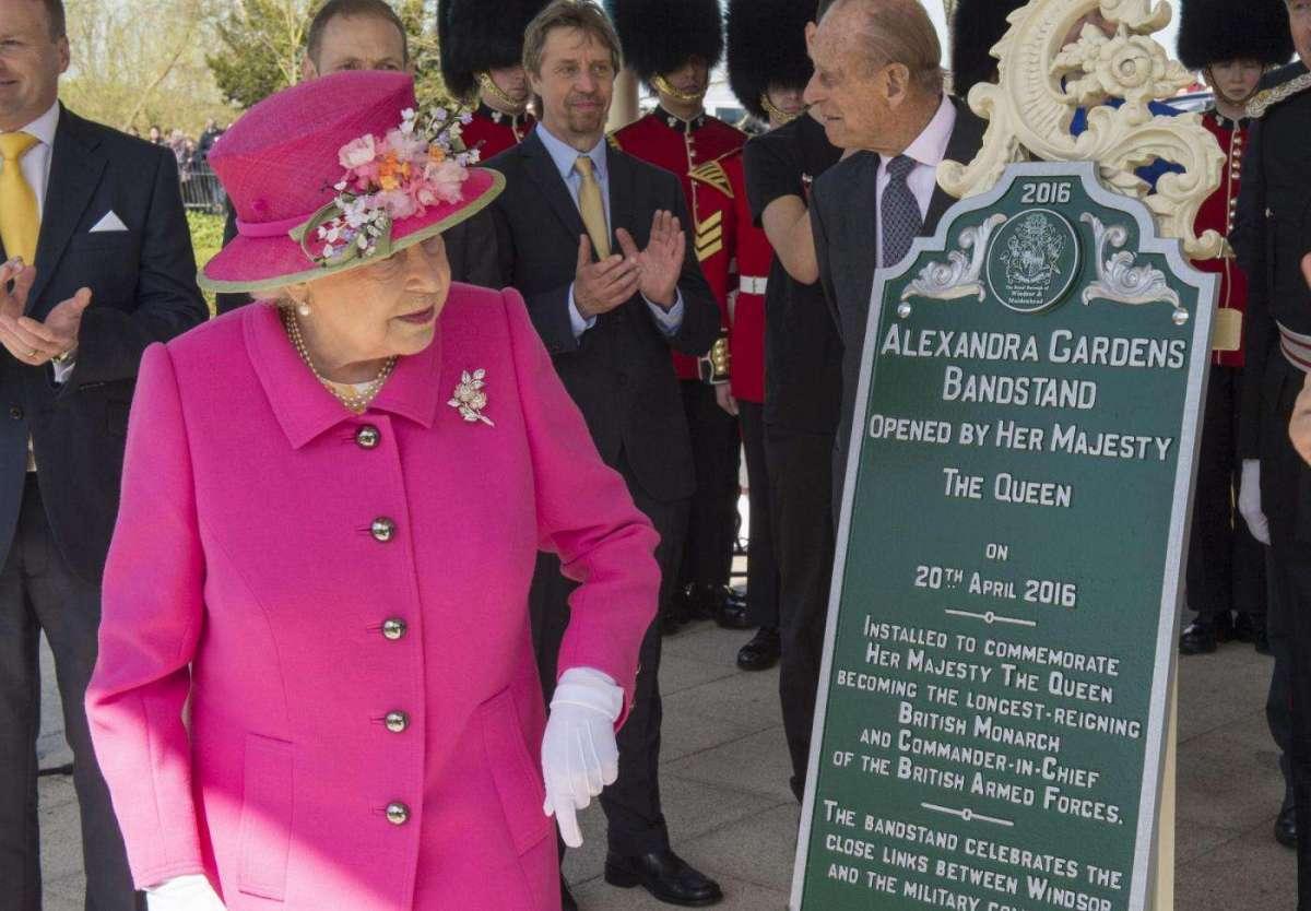 La regina Elisabetta II a Windsor per le celebrazioni del 90esimo compleanno