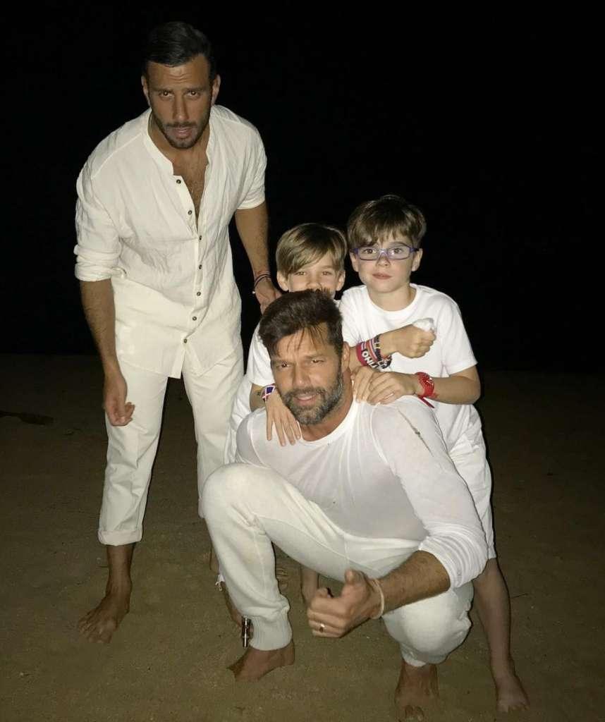 Ricky Martin con i figli e Jwan Yosef