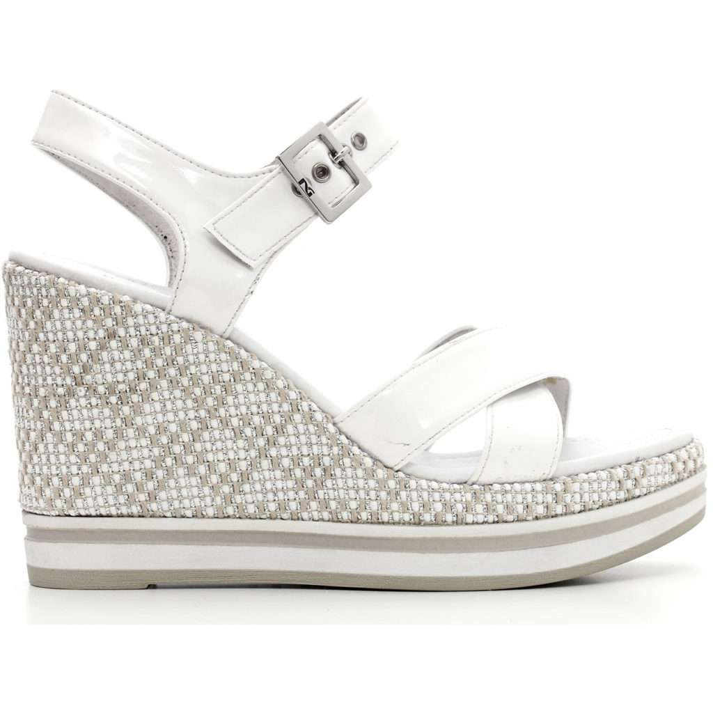 Sandali bianchi con zeppa
