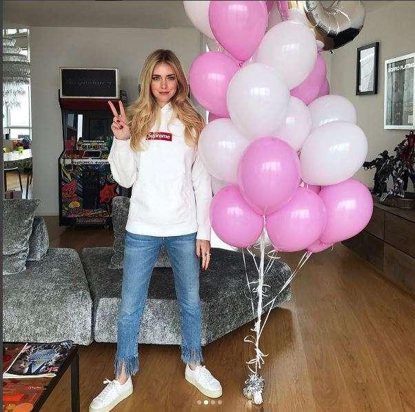 Chiara con i palloncini