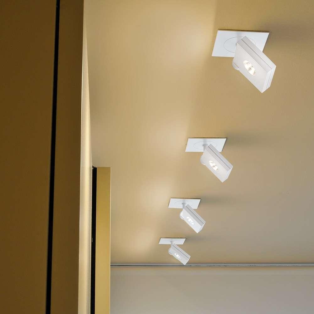 Faretto a soffitto moderno