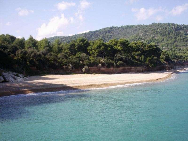 Spiaggia di Baia dei Campi