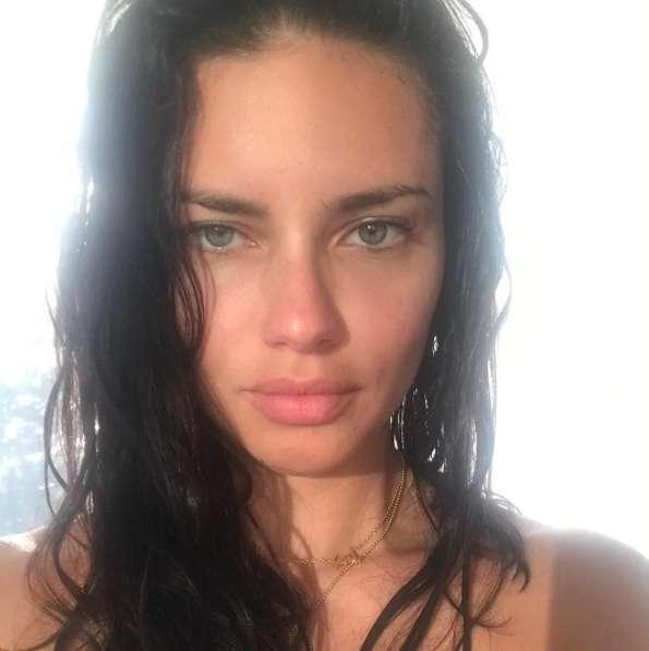 Adriana Lima senza trucco