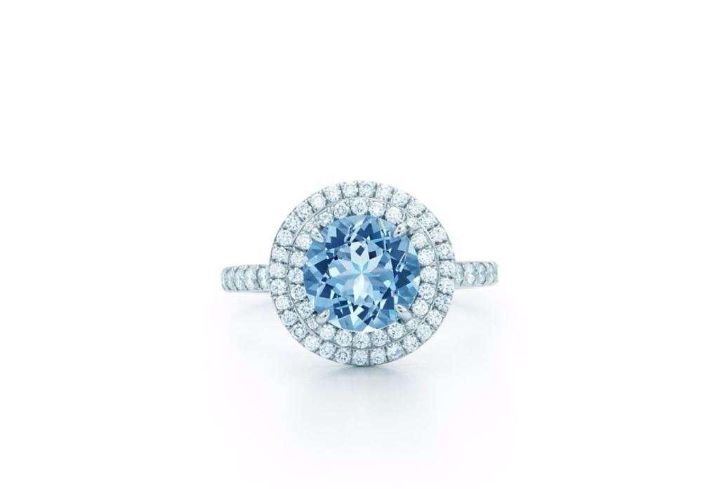 Anello di fidanzamento in oro bianco con acquamarina e diamanti Tiffany Soleste