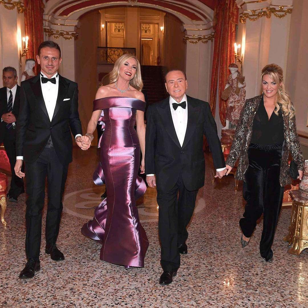 La festa di Federica Panicucci per i 50 anni