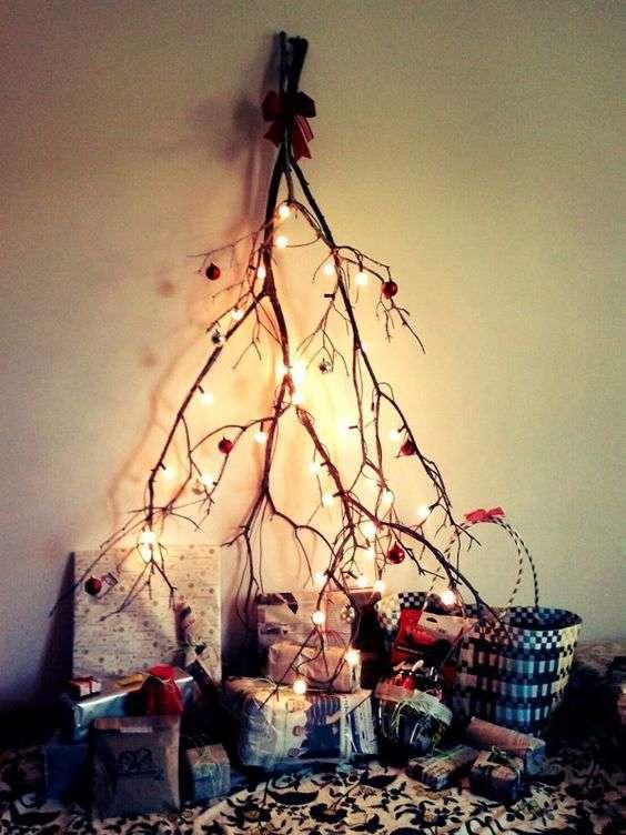 Albero di Natale con ramo