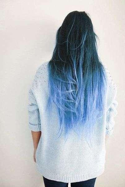 Shatush blu e azzurro su base scura