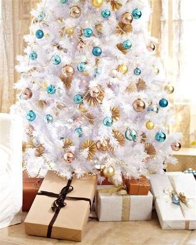 Albero di Natale bianco e multicolor