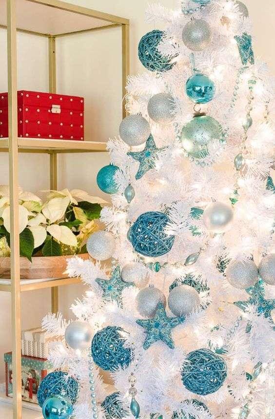 Albero di Natale celeste