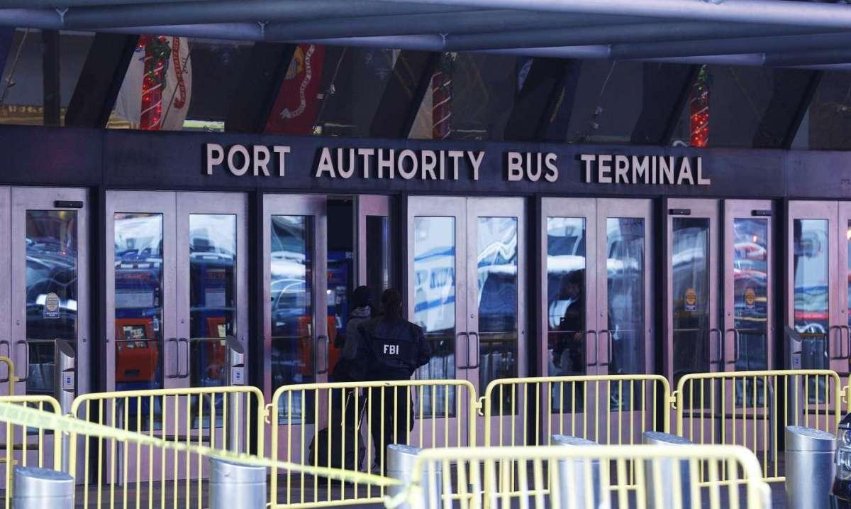 Esplosione alla stazione Port Authority