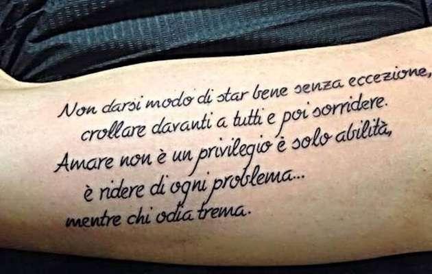 Lunga frase di Tiziano Ferro per tattoo