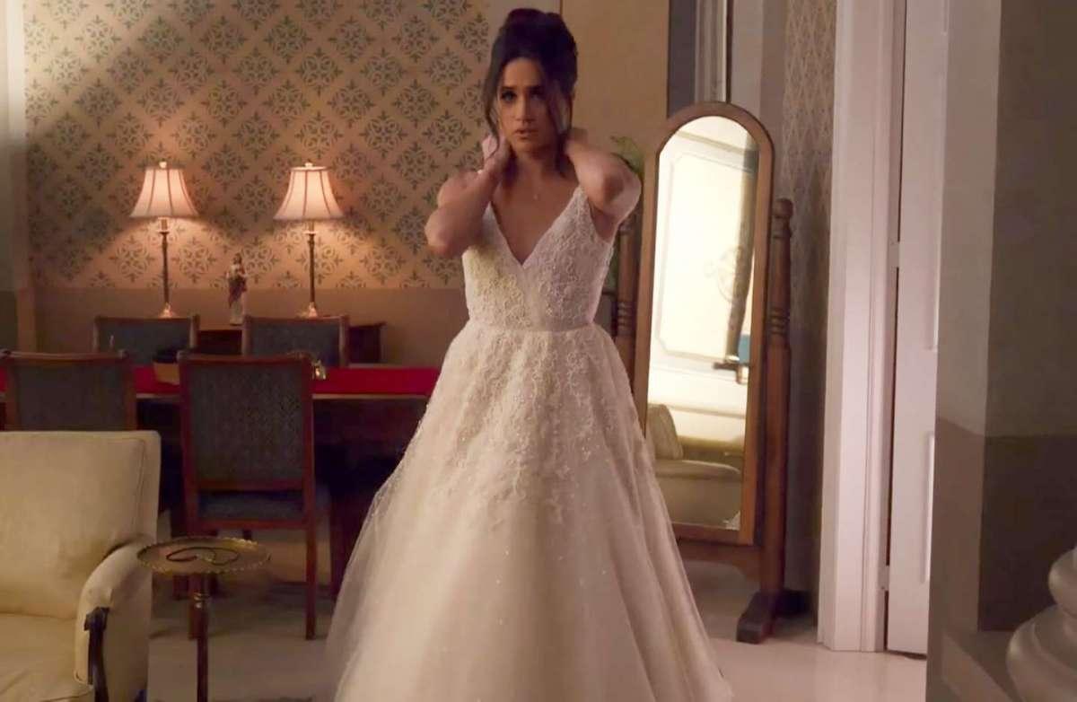 L'abito da sposa Anne Barge di Meghan Markle in Suits
