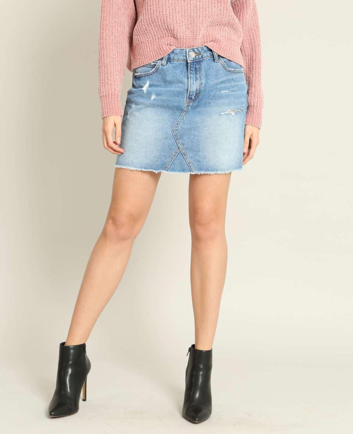 Gonna di jeans corta a 17,99 euro