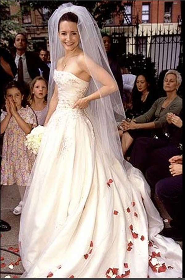 Charlotte in Sex and The City con abito da sposa Vera Wang