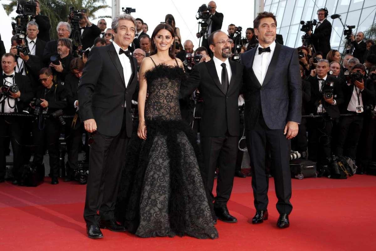 Gli attori Ricardo Darin, Penelope Cruz, il regista Asghar Farhadi e Javier Bardem
