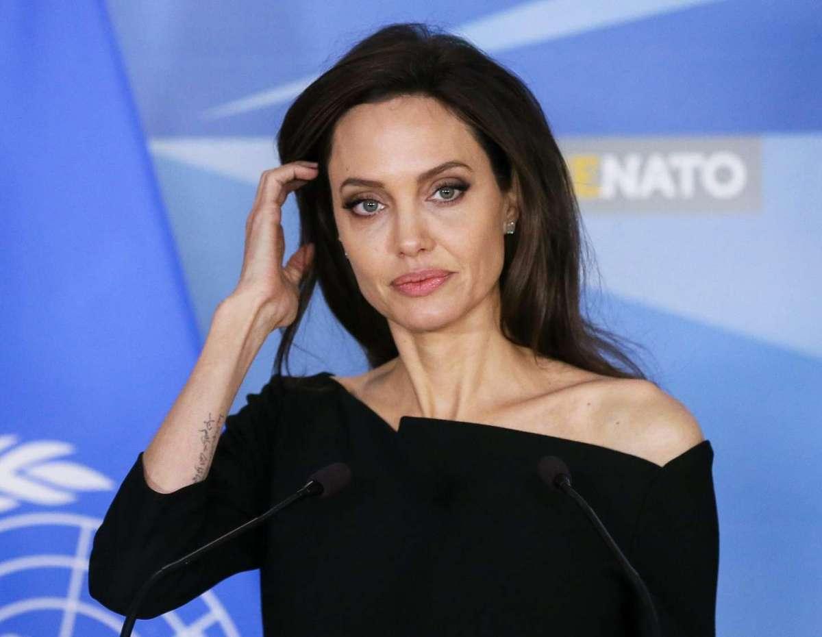 Angelina Jolie alla NATO