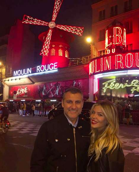 La coppia a Parigi