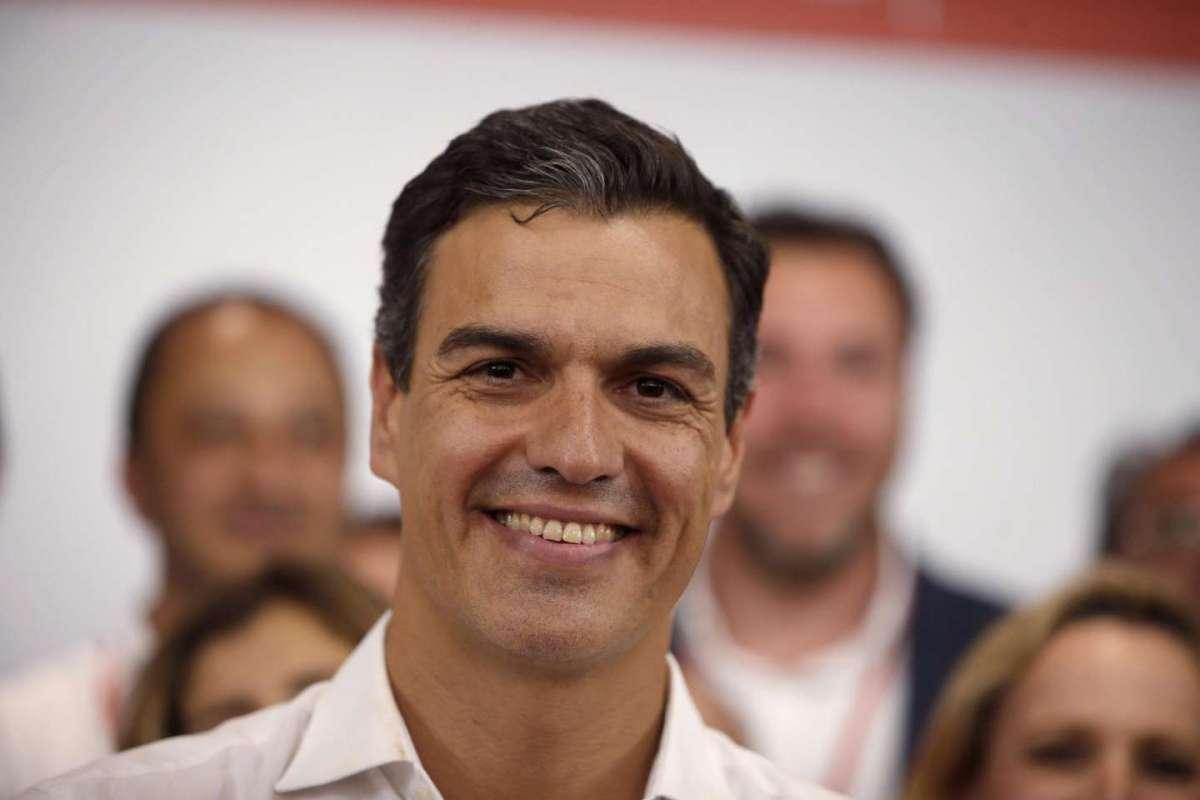Pedro Sanchez, il premier spagnolo ha incantato il mondo