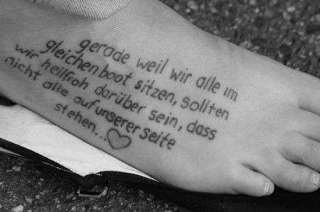Piede tatuaggio