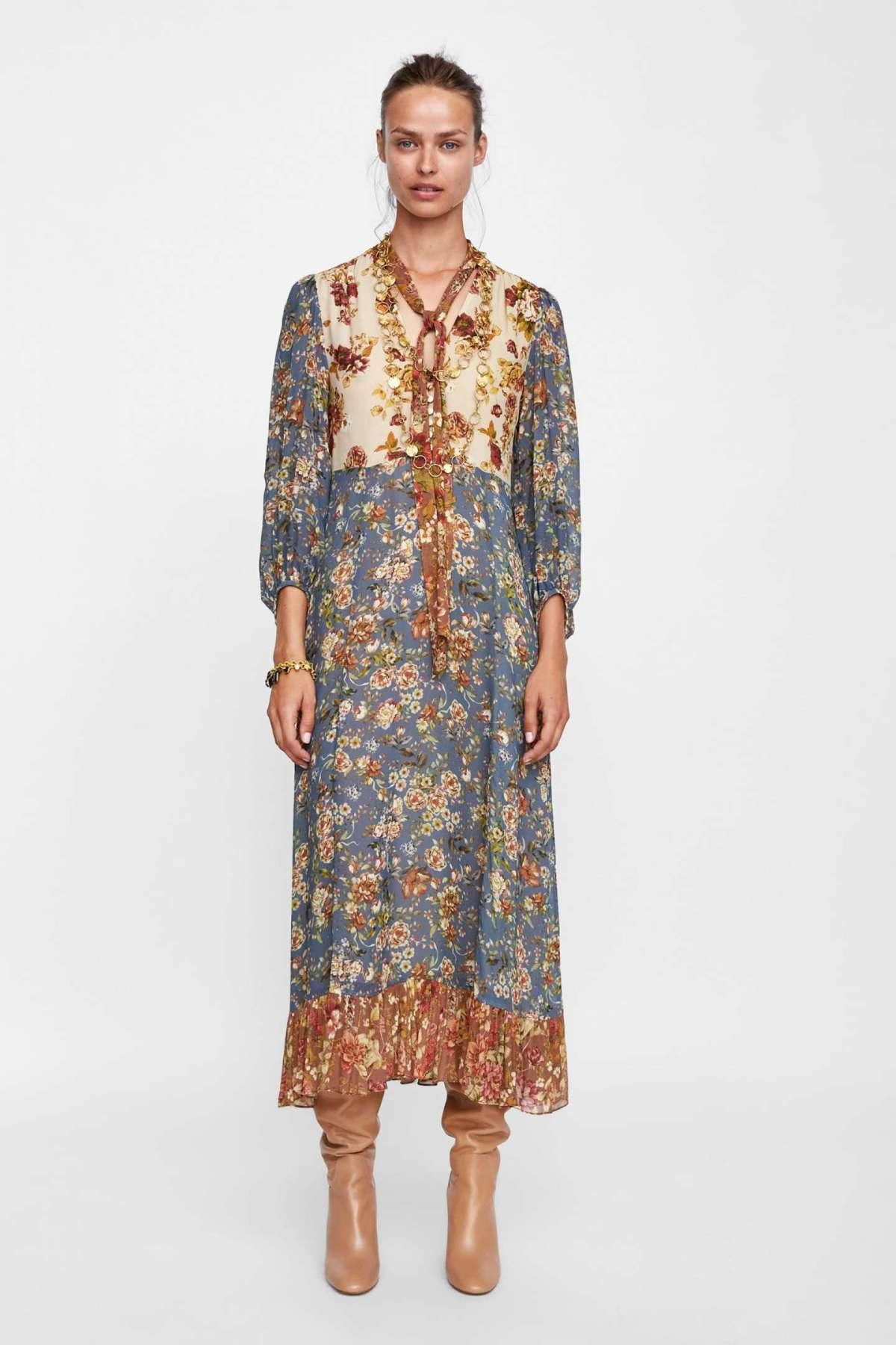 Vestito lungo con stampa tapestry Zara a 69,95 euro