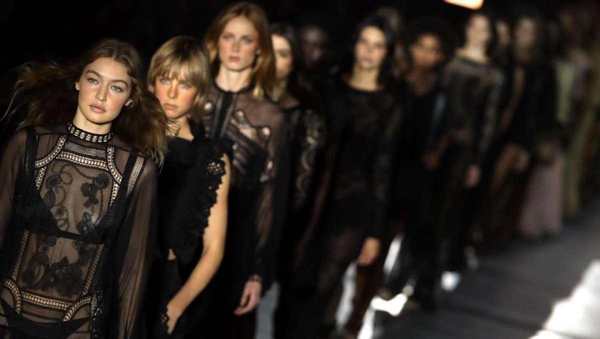 Milano Moda Donna 2018 abiti e accessori
