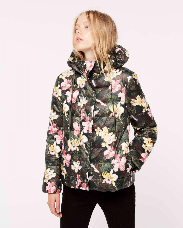 Piumino a fiori con cappuccio Sisley a 99,95 euro