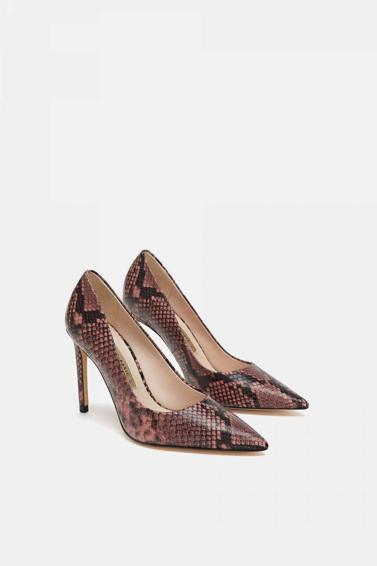 Scarpe con tacco a punta Zara a 49,95 euro