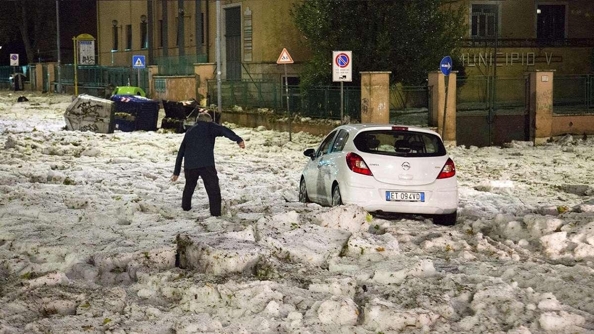 Maltempo, danni in tutta Italia bombe d'acqua, vento e grandine