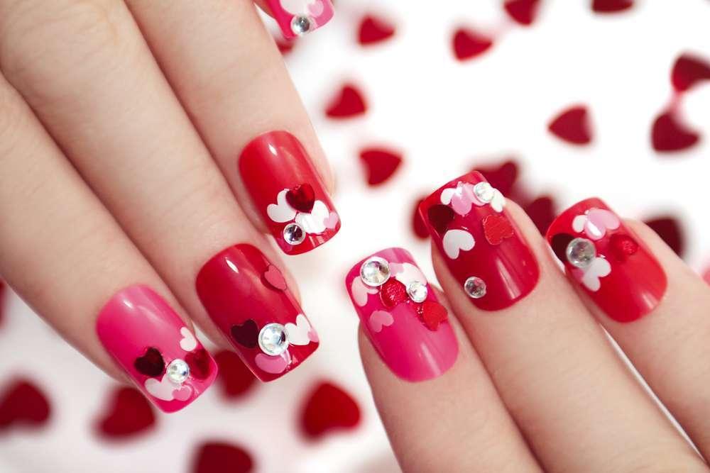 Nail art: le decorazioni più belle per San Valentino