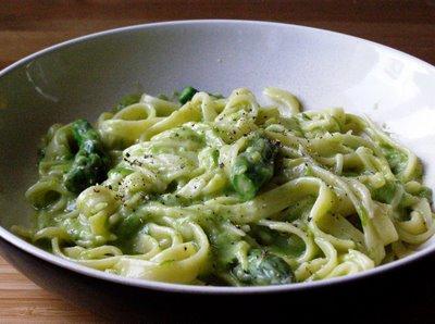 pasta con asparagi.ricetta
