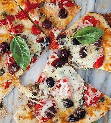 pizza mozzarella bufala acciughe