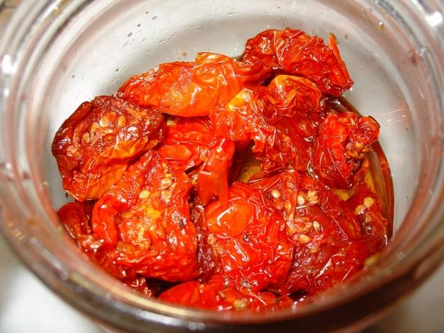 pomodori secchi e rischio botulino