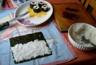 preparazione nori per sushi