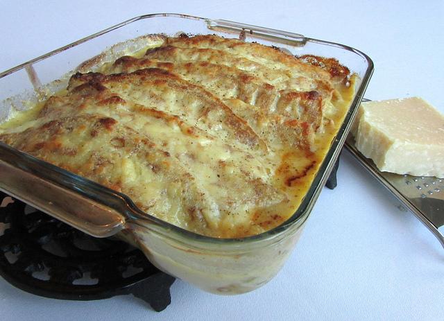 ricetta porri e besciamella al forno