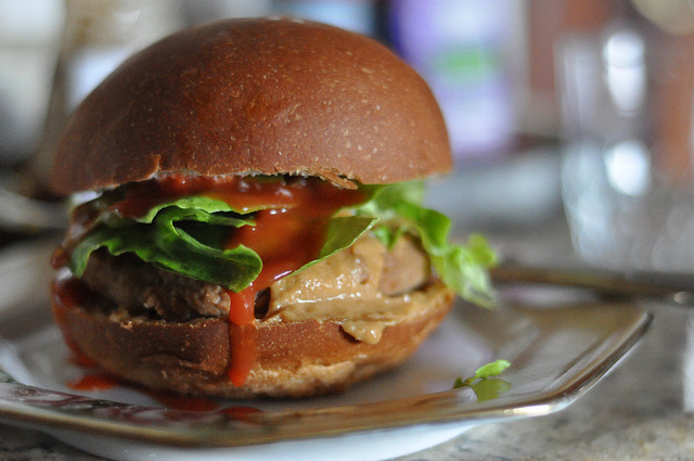 ricetta vegetariana hamburger di soia