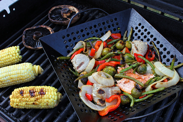 Come grigliare le verdure con o senza griglia
