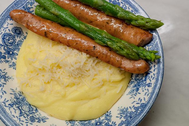 salsiccia in bianco e polenta