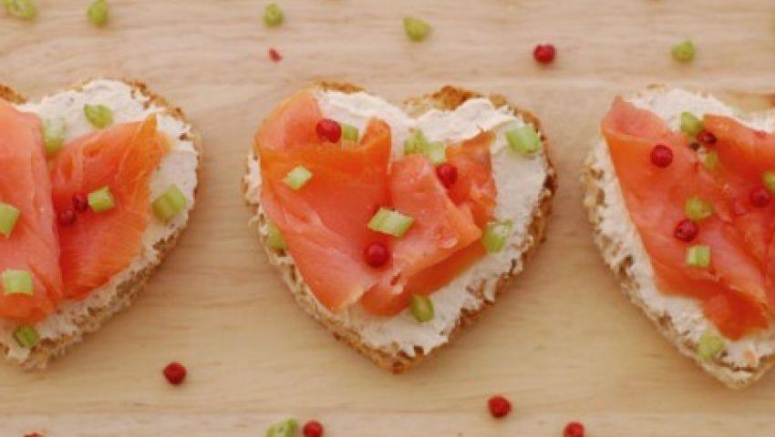 tartine salmone a cuore