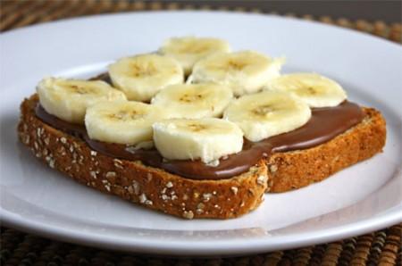 Toast con banana e nutella