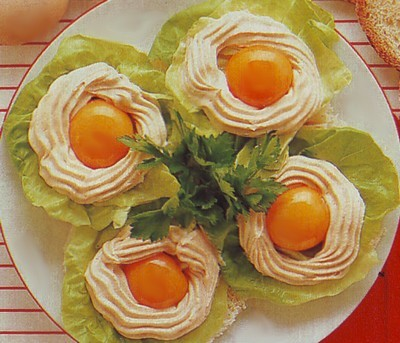 uova in crema di salmone